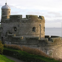 st mawes castle - pic by charles winpenny, www.cornwallcam.co.uk